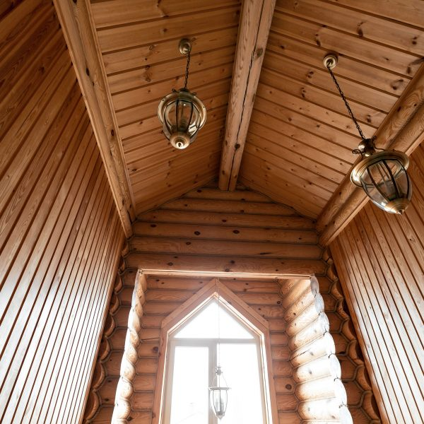 Saroyan-Hardwoods-Architectural-Softwoods-Cabin-Vaulted-Ceiling